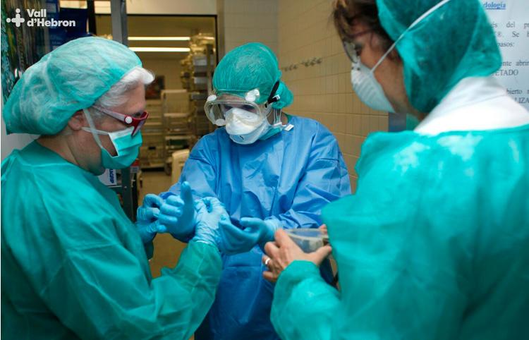 Crida del CCMC a metges i metgesses per reforçar  la resposta a l'emergència sanitària
